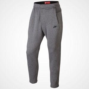 37118014 tech fleece jogger/standard fit pant 861679-091 NWT